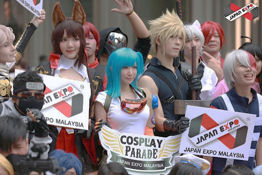 Cosplay & Anime Enthusiasts