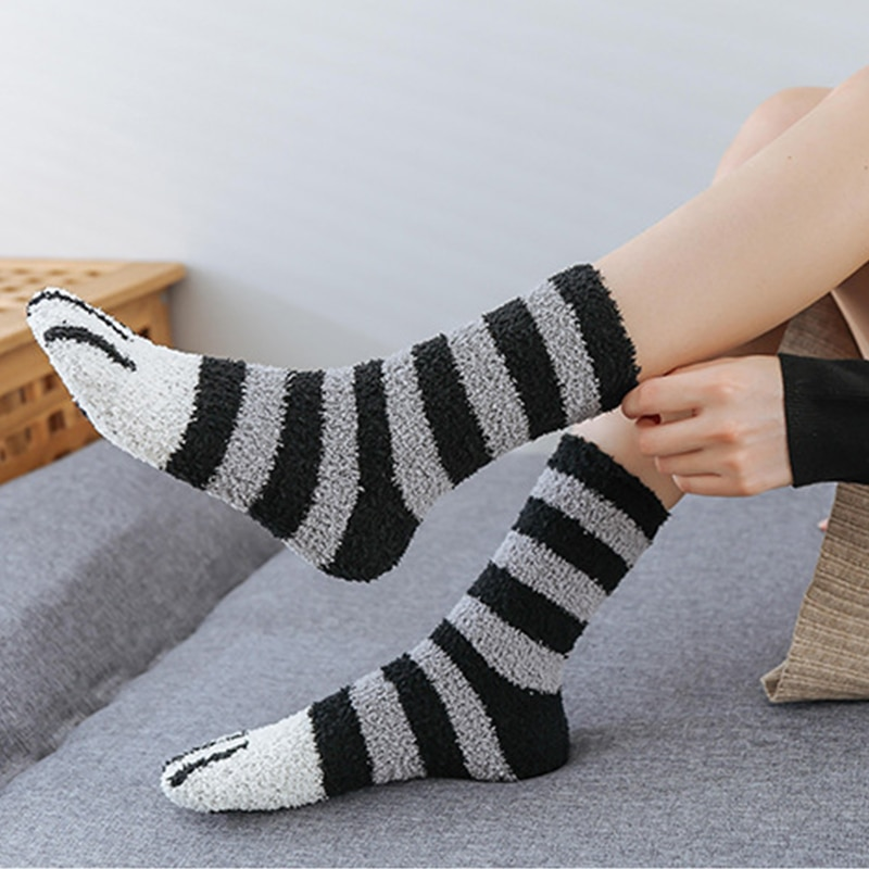 SVOKOR Cotton Socks Winter Funny Print Cat Paw Warm Socks Kawaii Cute Casual Happy Fashion Designer Socks For Men Women 4